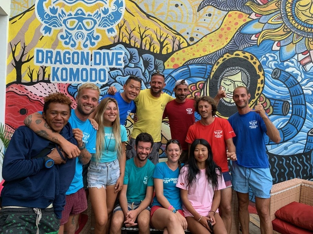 Dragon dive komodo Team 1